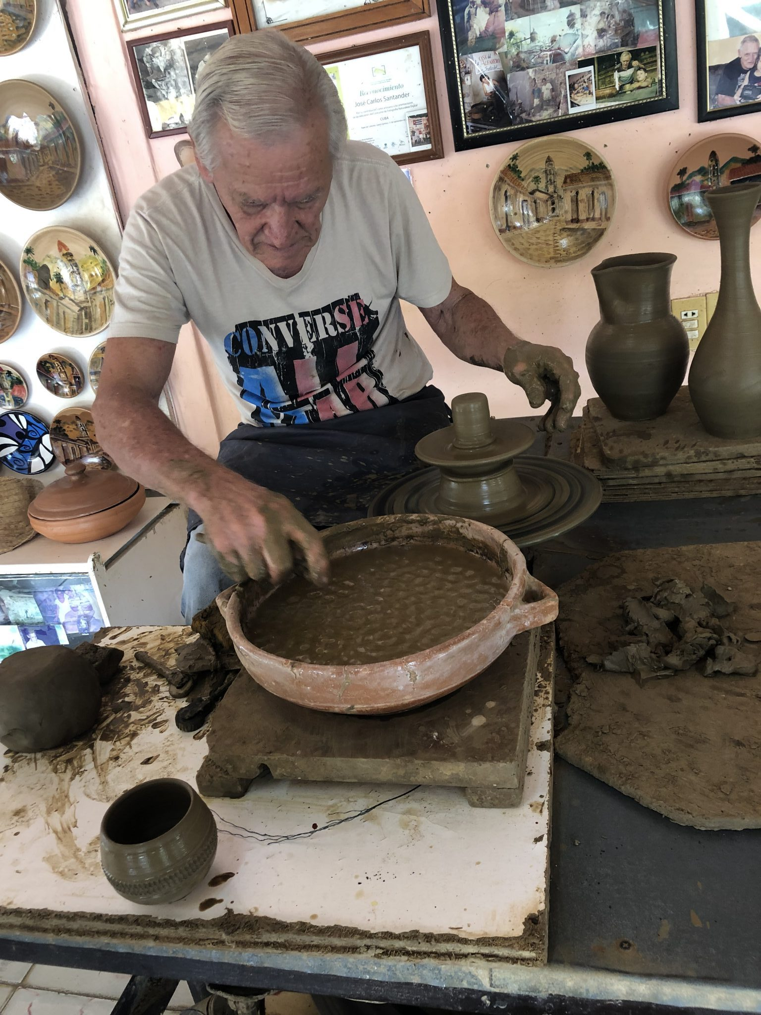 Don Secundino Santander, Award Winning Potter